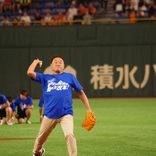 サッカー界の熱男、松木安太郎が東京Dで人生初の始球式!「働き方改革」応援団長としてPR