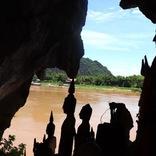 メコン川クルーズが最高!パークウー洞窟半日ツアーを現地ルポ【ラオス・ルアンパバーン】