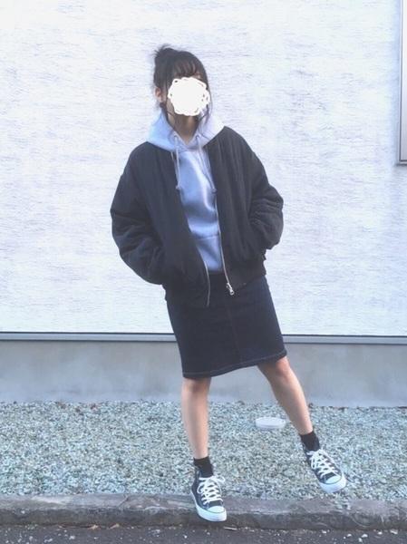 無印良品デニムスカート×パーカーコーデ