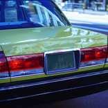 タクシー運転手が女性客に強制わいせつ タクシー協会に対策を聞いた