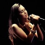Beverly、アコースティック編成ライブにLeola登場&ニュー・アルバム発売を発表