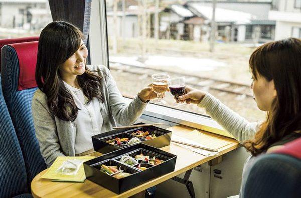 北信濃ワインバレー列車