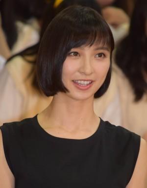 """AKB48小栗有以が""""まりこ様""""篠田麻里子にまさかの遭遇 「上手く挨拶でき ..."""