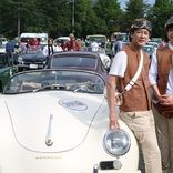 唐沢寿明、妻・山口智子を助手席に乗せ東北復興支援のチャリティーラリーに参加