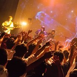 ORESAMA、敬愛するDE DE MOUSEや☆Taku Takahashi(m-flo)と渋谷でダンス! 12/6ワンマン発表も