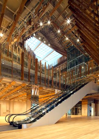 おしゃれな「図書館」富山市立図書館本館