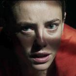 家の中にワニ!? 追い詰められた主人公が極限状態に…!映画『クロール ―凶暴領域―』