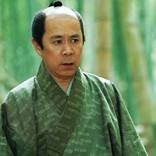 岡村隆史、時代劇初挑戦 刀ではなくそろばんに苦戦『決算!忠臣蔵』新カット独占解禁