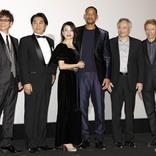 映画『ジェミニマン』の舞台挨拶にウィル・スミスが登壇 興奮した様子で…