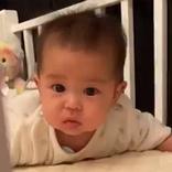 パパのくしゃみで起きた赤ちゃん この後の展開に、吹き出す