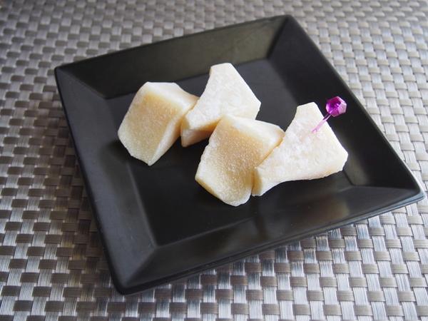 もちもち三角バター餅