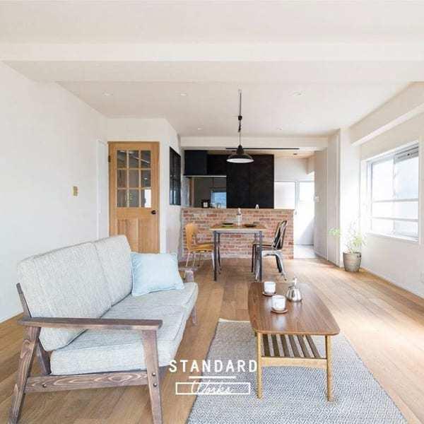 家具を一方に寄せて配置した15畳LDKレイアウト