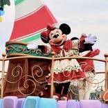 【東京ディズニーランド:クリスマス】雪が舞う演出がロマンティック!パレード「ディズニー・クリスマス・ストーリーズ」現地ルポ