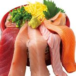 驚愕のはみ出し丼27選!こぼれそうな海鮮丼から天丼タワーまで!【全国】