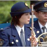明日から冬服の女性警察官の制服は1着いくら?
