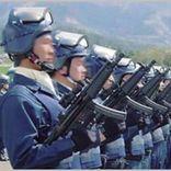 短機関銃も装備する警察の「銃器対策部隊」とは