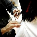 【12月13日は何の日…!?】髪型をオシャレに…美容室の日!