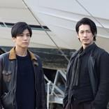『シャーロック』最終回 ディーン・フジオカ、岩田剛典をバックハグ ネット騒然「萌えた」