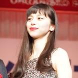 中条あやみ『KATE』イベントや『悪魔の手毬唄』で活躍 後輩モデル・嵐莉菜が「1番の憧れです」