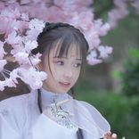 """""""天使すぎる""""中国出身の大人気コスプレイヤー・Amiroがコミケに参加"""