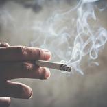 明石家さんま「スタジオで喫煙」はアリ? テレビ業界も禁煙化の波