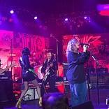 ニルヴァーナ、チャリティー公演で元メンバーが再結成 ベック&セイント・ヴィンセントも参加