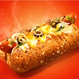 やけど注意?!「グツグツ・アツアツ」のチーズがあふれ出す! 【サブウェイ】から新ジャンルサンドイッチ「焼きサンド」がデビュー!