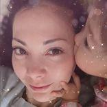"""土屋アンナ、娘からの""""寝起きチュウ""""写真に反響「天使のKISS」「朝からハッピー」"""