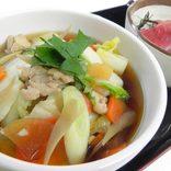 サービスエリアの「あったかグルメ」14選。耳うどんやシャモ鍋などご当地料理満載【東日本】