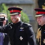 ウィリアム王子とヘンリー王子、共同声明で英紙のフェイクニュースを批判