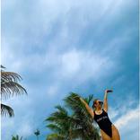 """「足長っ!!」倖田來未、ビーチでの""""ハイレグ""""水着ショット公開し反響「美ボディ」「布の面積少な…」"""