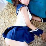 「パンツ見えてるだろ!」制服女子への催眠映像がヤバ過ぎる…