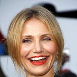 超有名女優47歳で第1子誕生に「代理出産?」飛びかう憶測