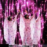 大型LEDパネル導入!『ドリームガールズ』開幕&衣裳400着が並ぶバックステージも公開