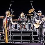 エド・シーラン、ONE OK ROCKとの「シェイプ・オブ・ユー」パフォーマンス映像が公開