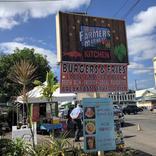 ハワイ島ヒロのマーケットで見つけた絶品アサイーボウル Kula Organic Shave Ice