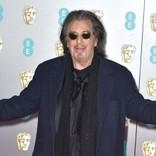 アル・パチーノ(79)英アカデミー賞のレッドカーペットで転倒