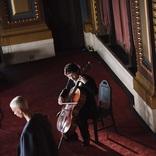常田大希(King Gnu) NYで開催された『N.HOOLYWOOD COMPILE FALL 2020 COLLECTION』にてチェロを生演奏