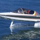 まるでジェット機! ヤマハが32年前に作った幻の水中翼船を復活させる