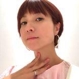 第4子妊娠中のhitomi、ショートヘア&ピンク系のイメチェンSHOTに反響「可愛くて綺麗」「とてもお似合い」