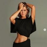 ジェニファー・アニストン(51)人気誌表紙で美ボディ披露 サンドラ・ブロックと対談も