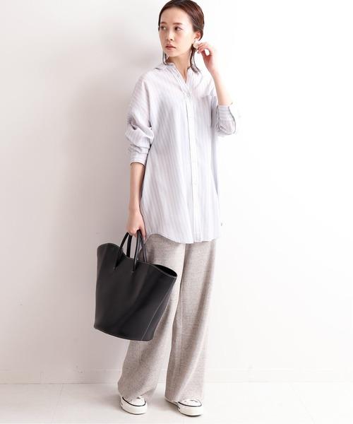 ストライプオーバーシャツ×ワイドパンツ