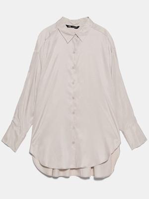 ルーズフィットオーバーサイズシャツ 4590円(税込)/ZARA(ザラ)