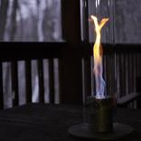 雰囲気ある空間の演出に炎はいかが?自宅で手軽に楽しめるドイツ発のアートなランタンを使ってみた