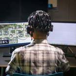 トンデモ技術で有名な米DARPA、ゲーマーの脳波からAIを作り自律型軍事ロボットを作りたい
