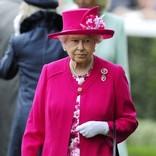 エリザベス女王、心労に追い討ちか 孫に続き甥も離婚を発表