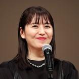 長澤まさみ、黒のドレスでブルーリボン賞受賞「信念を持って生きていきたい」
