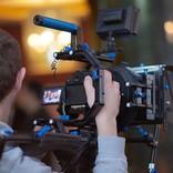 映画業界に実験的試み。縦長映画、きます