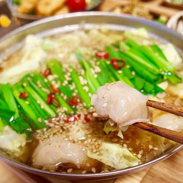 定番の食べ方に!人気で美味しいもつ鍋