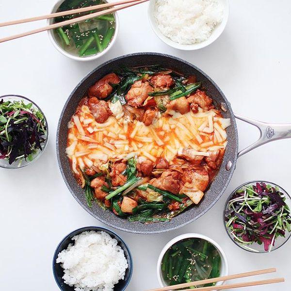 簡単で美味しい料理に!人気のタッカルビ